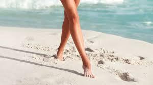 膝の黒ずみが出来た時の改善方法